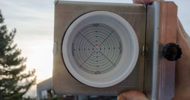 solar tracking alignment sight